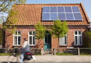 A napenergia felhasználásán gondolkozol? Mutatjuk, hogyan válassz napelemet!