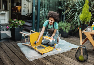 5 tipp, hogy gyerekjáték legyen a kopott bútor felújítása