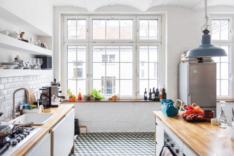 Hogyan hangszigetelhetjük az ablakokat csere nélkül? Íme néhány költséghatékony megoldás