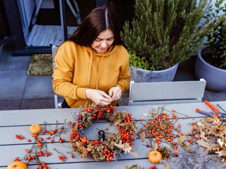 Az ősz az ajtón kopogtat! – 10 bámulatos őszi ajtódísz